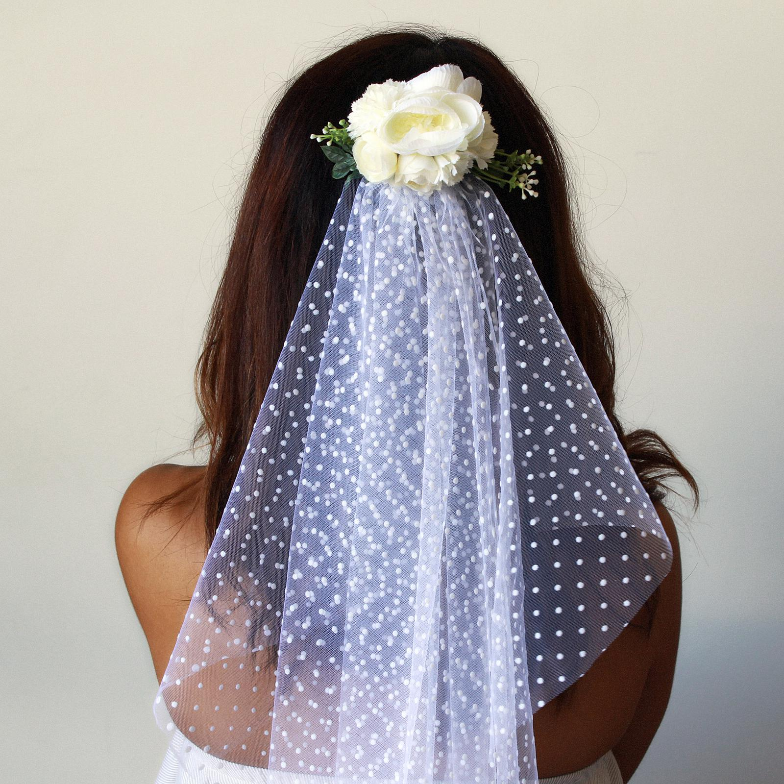 The Hen Flower Comb and Veil