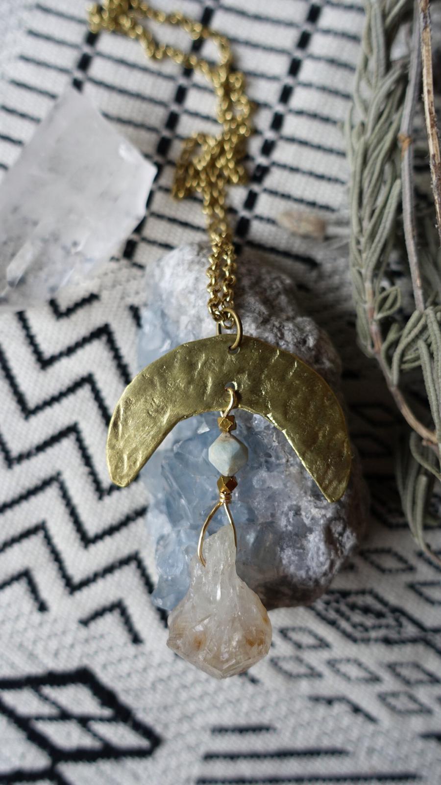 Quartz & Aquamarine. Peace, creativity & calm