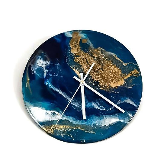 Resin clocks