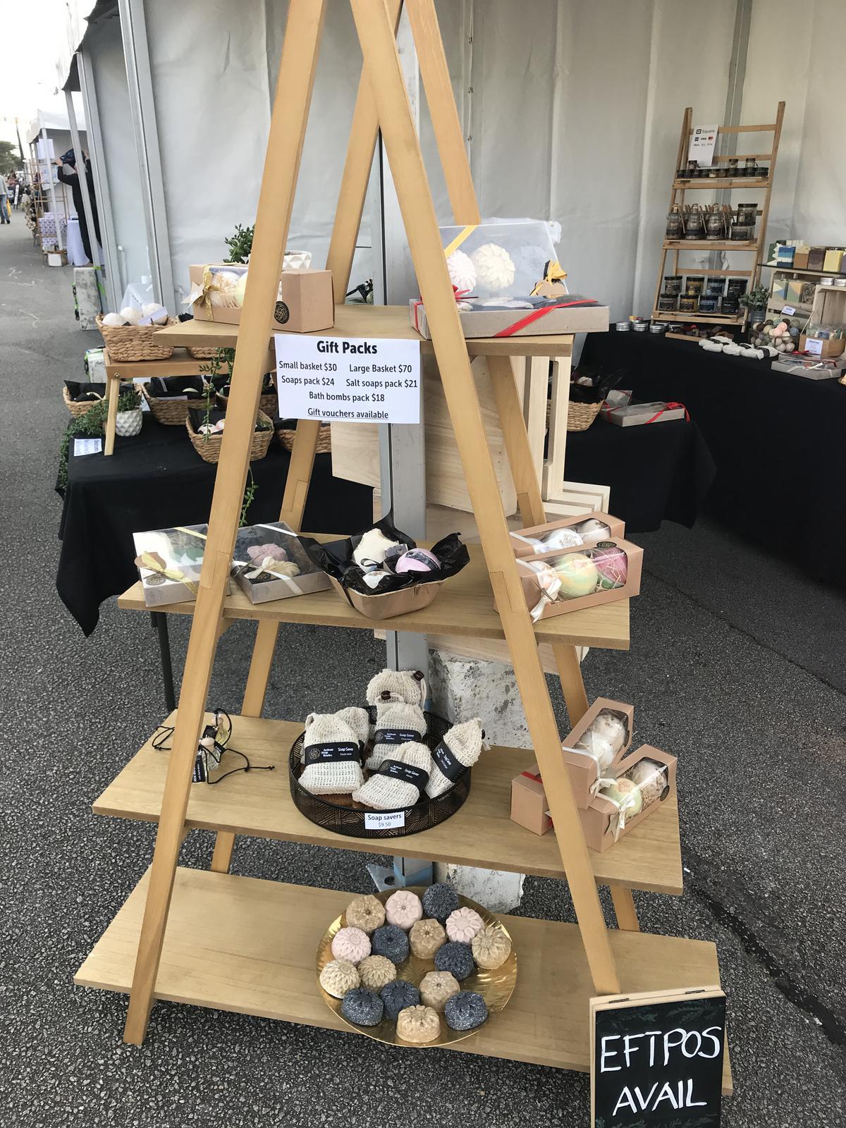 Shelf market set up