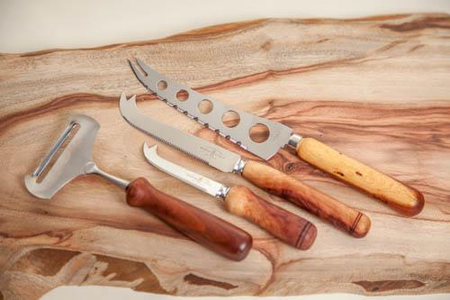 Camphor chopping board with butter and cheese knives
