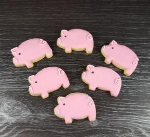 Lil pink pig cookies