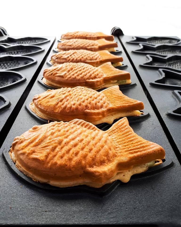 Taiyaki cooking