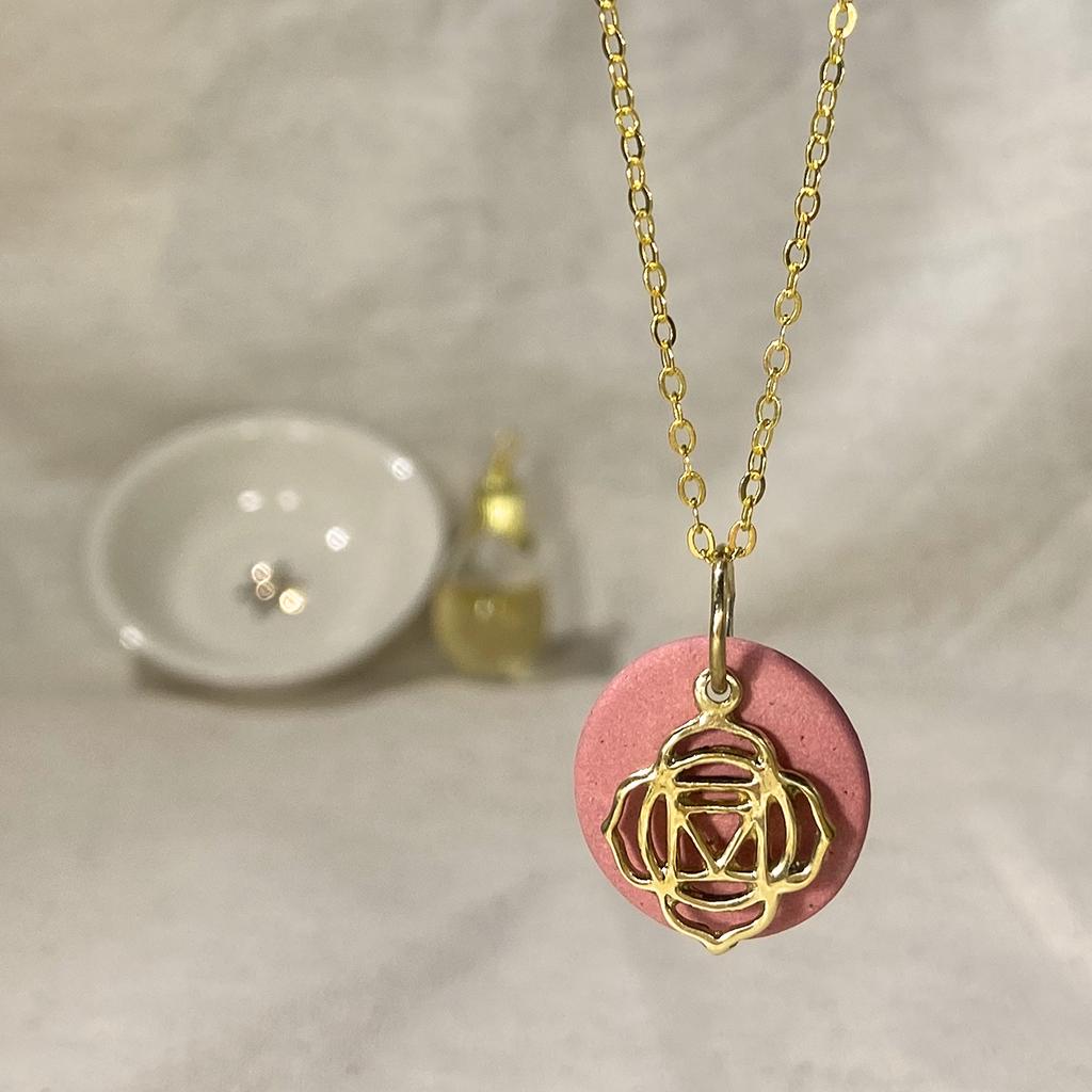 Chakra line, Scent pendant