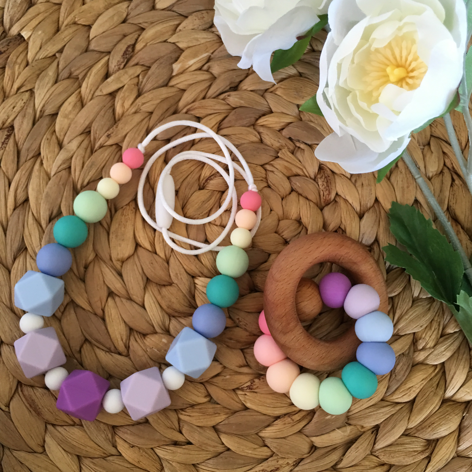 Silicone Necklace & Teething Toy