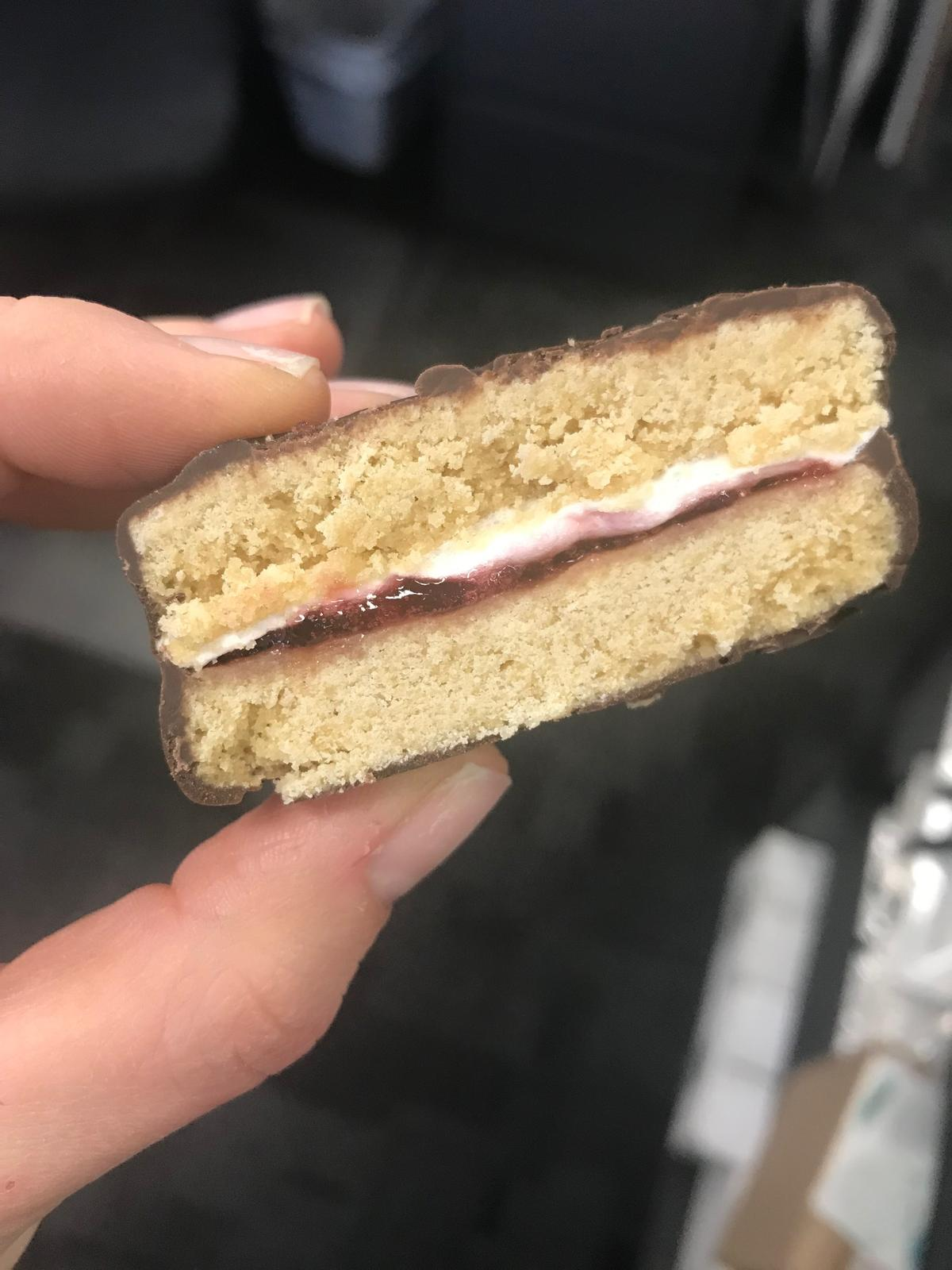 Wagon Wheel cookie sandwich