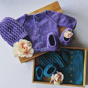 Close Knit Gifts