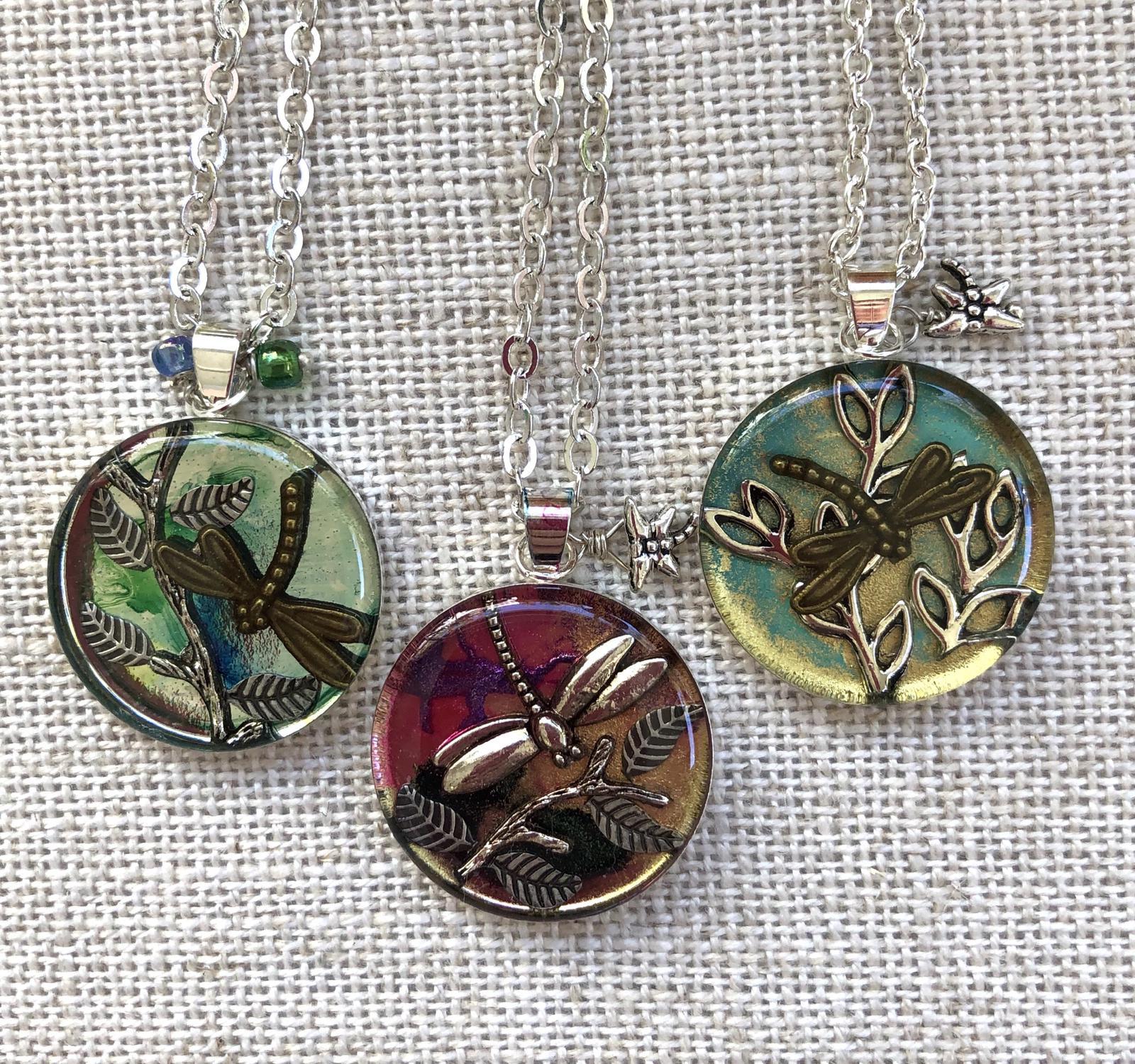 Tiny Dragonflies resin pendants 25mm
