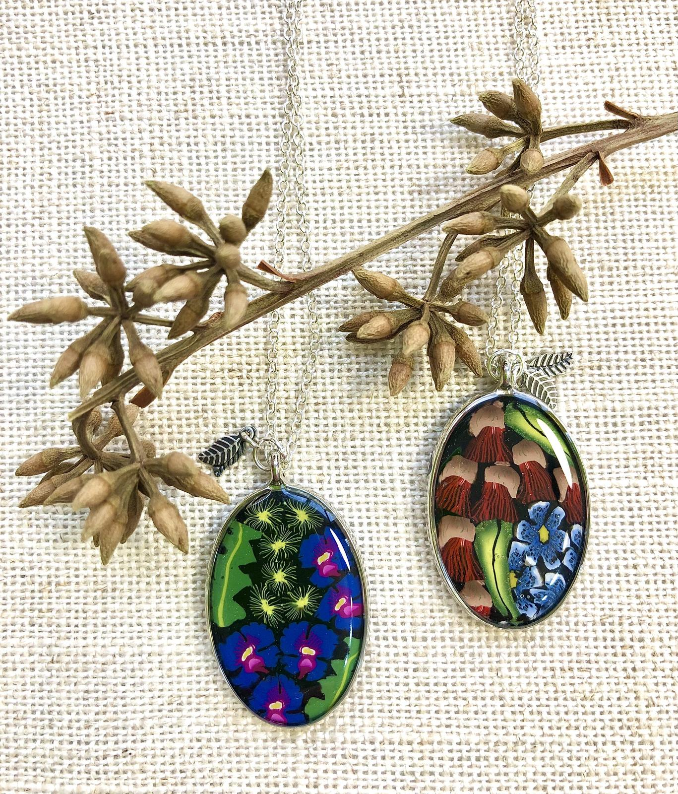 Pendants with wildflowers