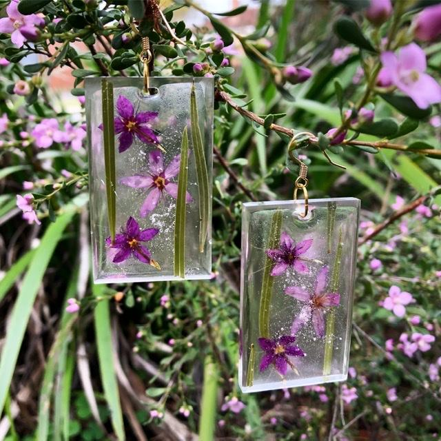 WA Flora Resin Earrings
