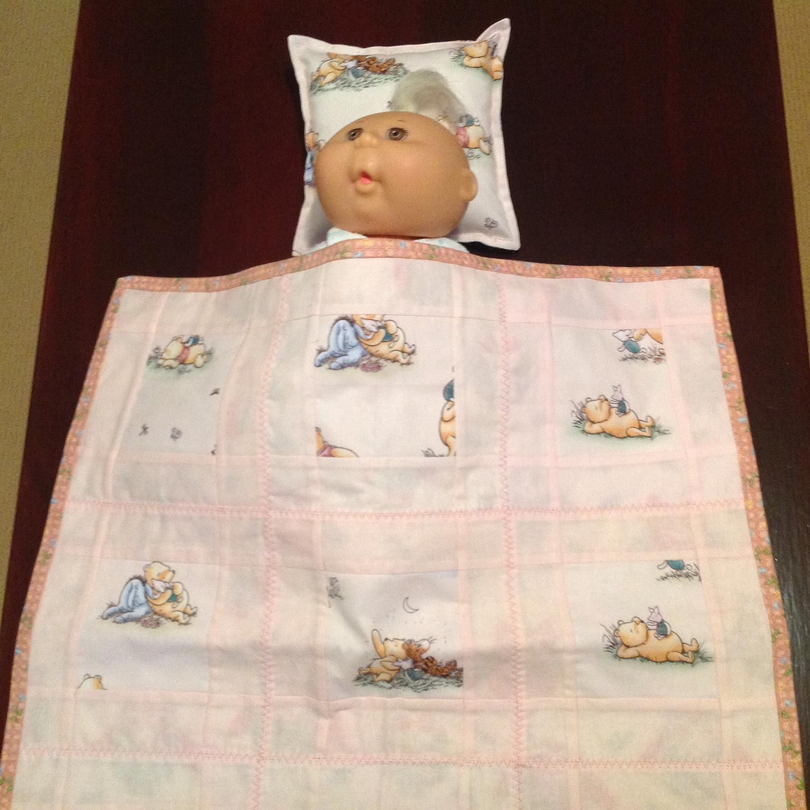 Dolls quilt and pillow