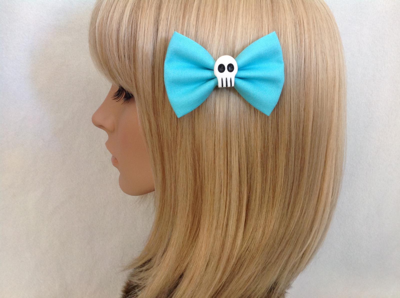 Small blue skull bow