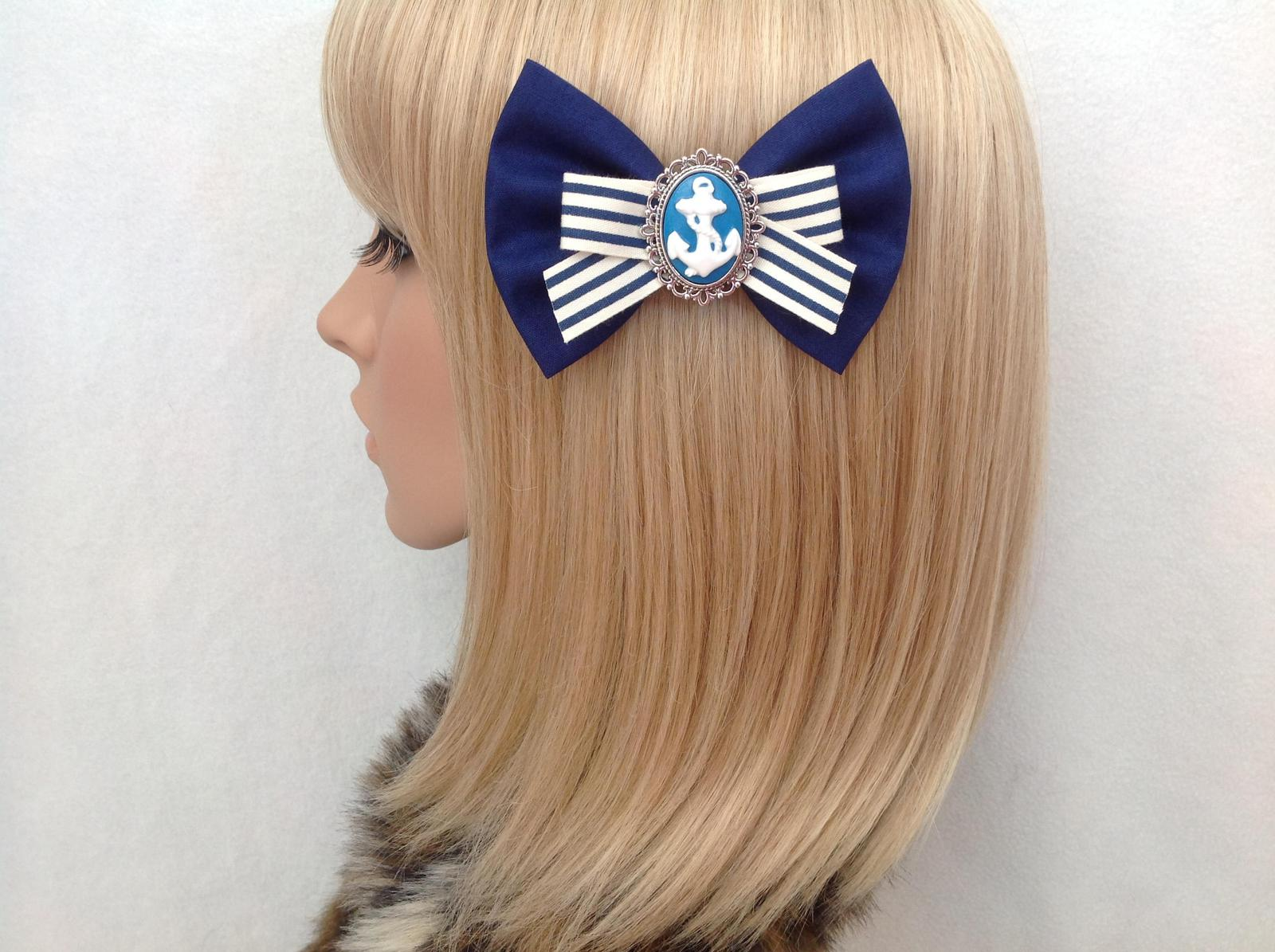 Navy blue anchor bow