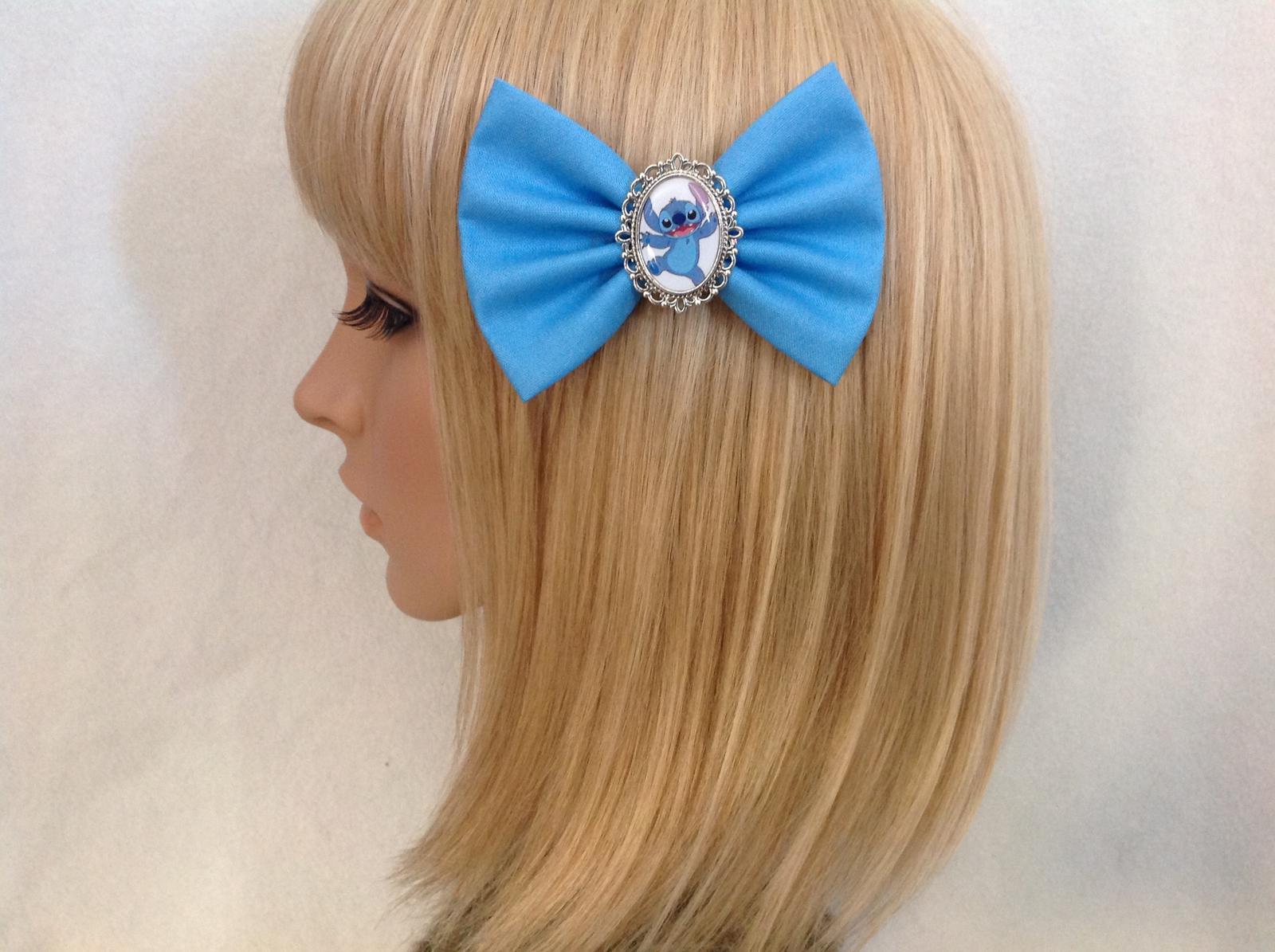 Stitch hair bow