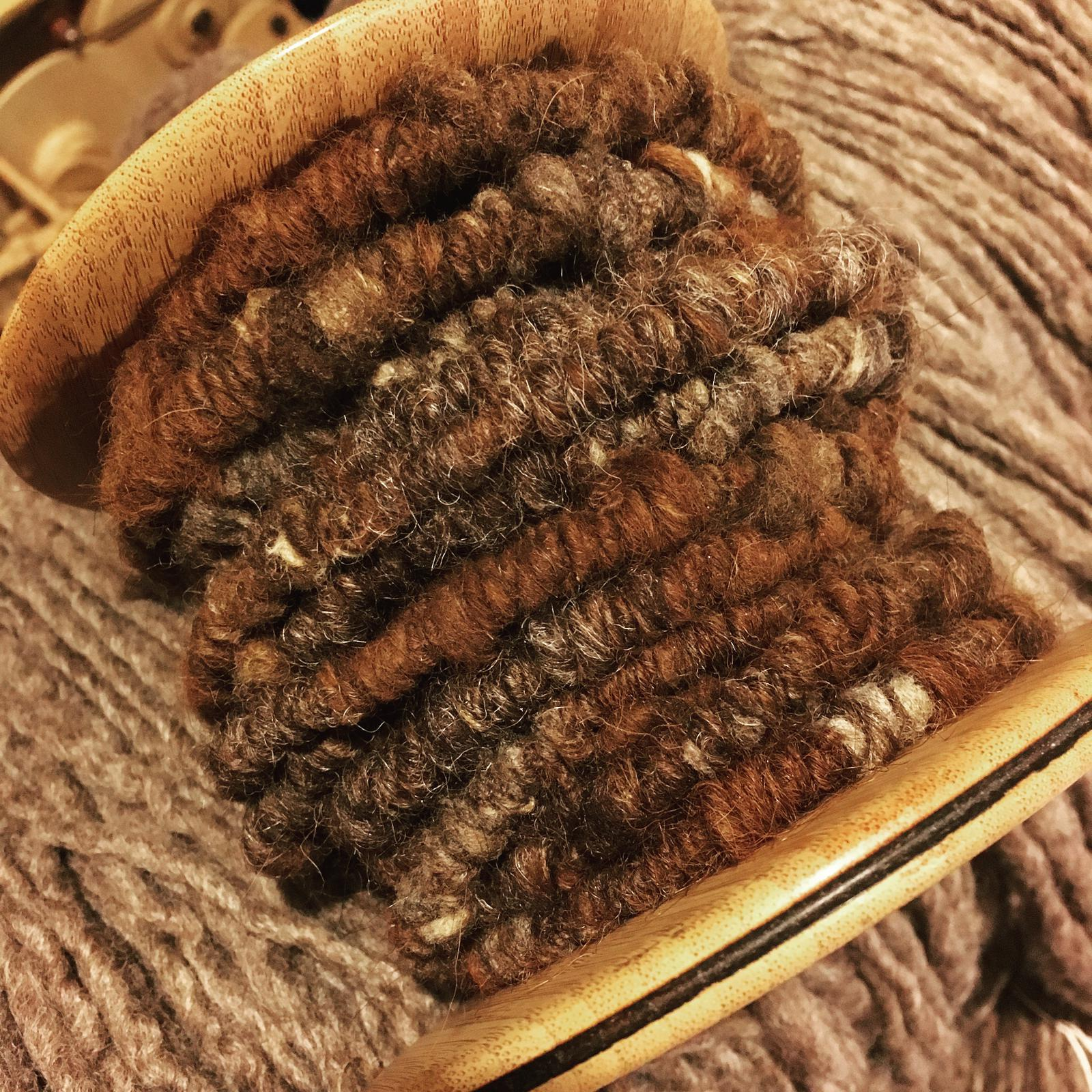 Handspun art yarn for use in fibre necklaces