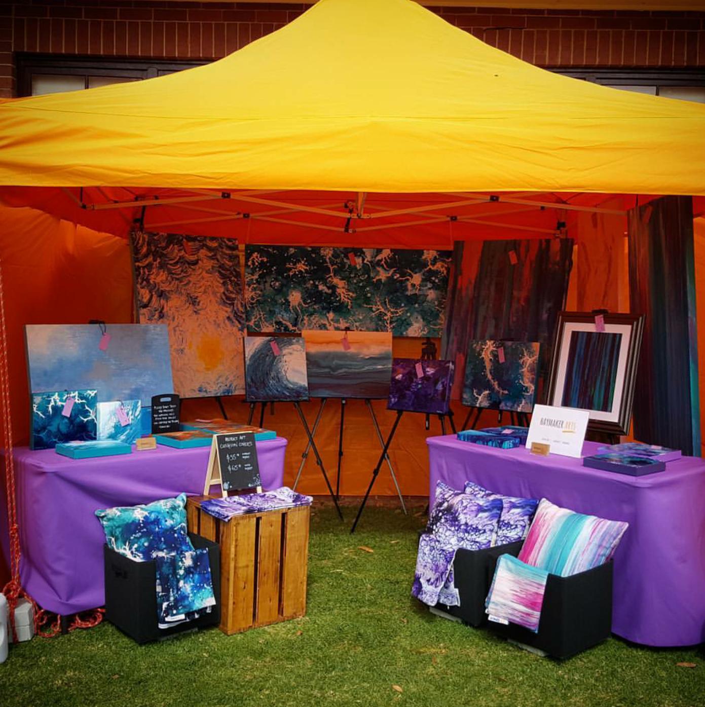 Market stall set up