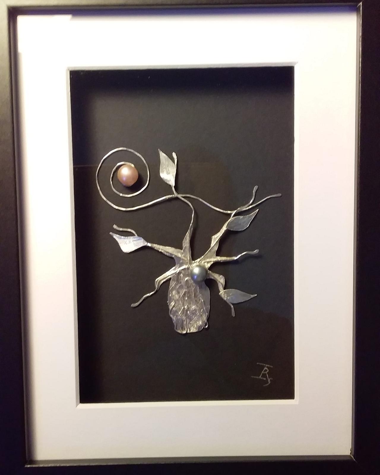 Kimberley Moon  silver, freshwater pearl