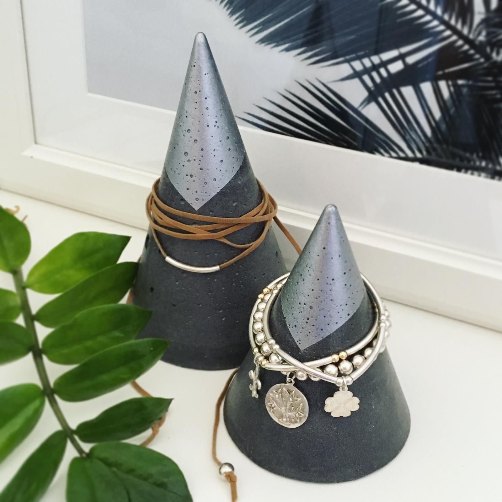 Jewellery Cones