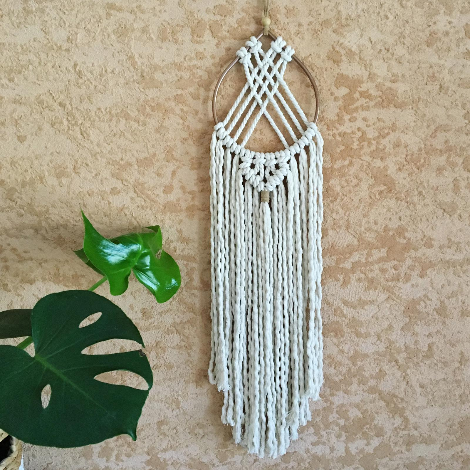 'Teardrop' Macrame Wall hanging