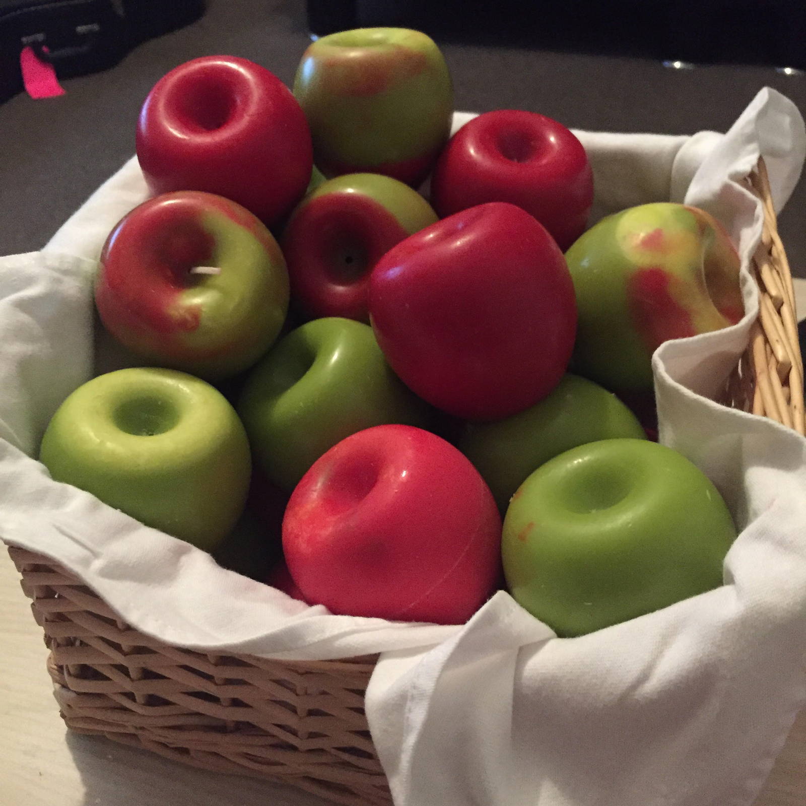 Apples Candles