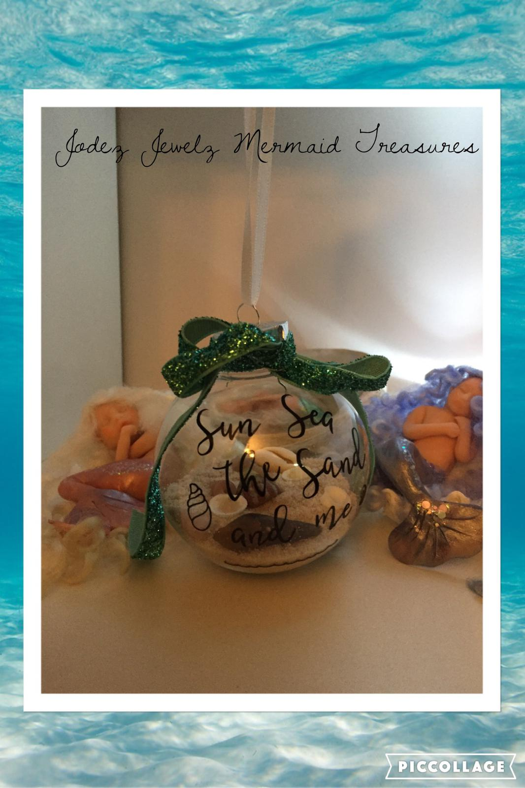 Beachy Christmas Bauble