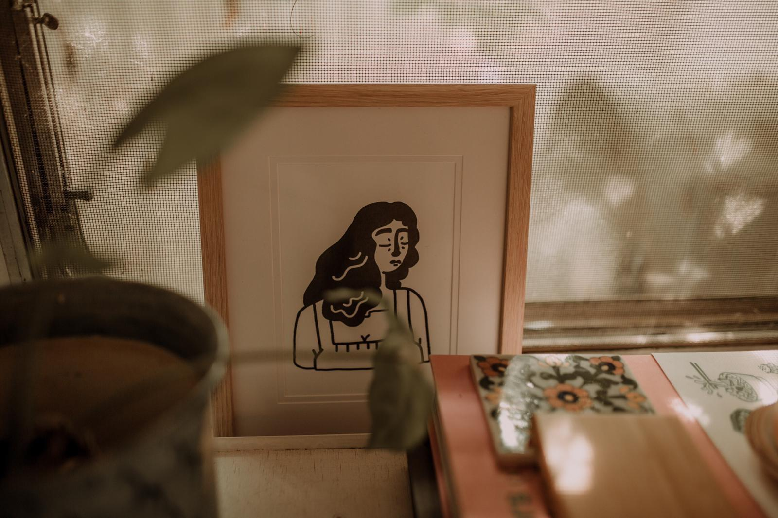 "Kikitsa Draws Framed Print ""Woman. Me?"""