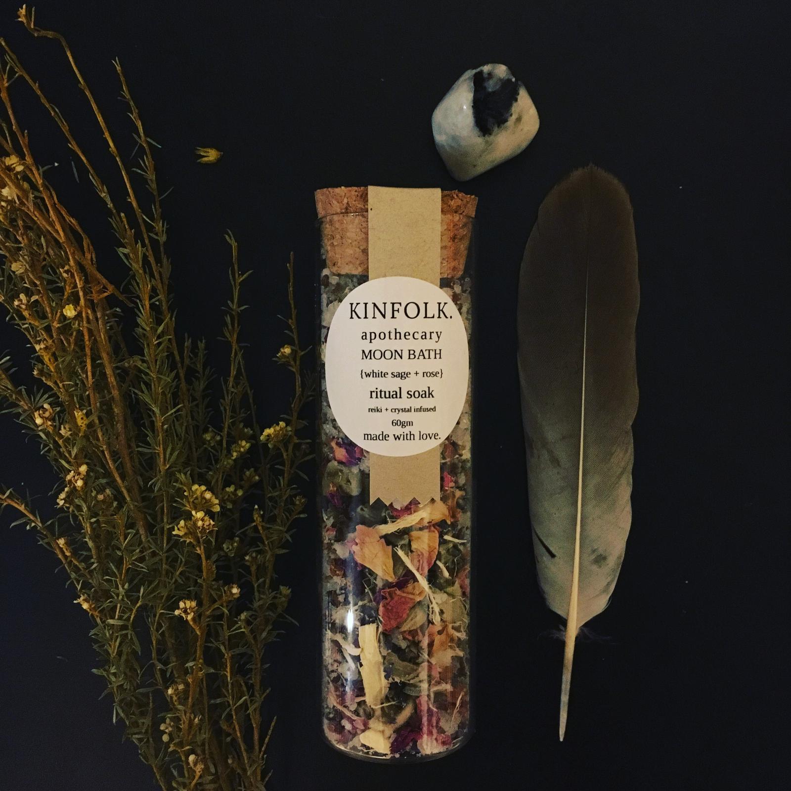 MOON BATH herbal bath salts