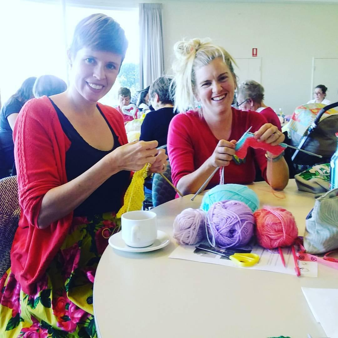 Kirsten Grant of Craftdyllic teaching one of her Beginners Knitting classes.