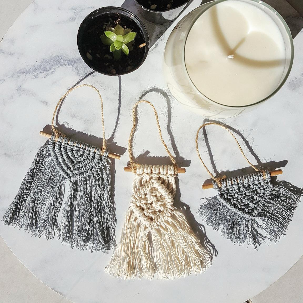 Minis | Mini macrame wall hangings or Christmas tree decorations