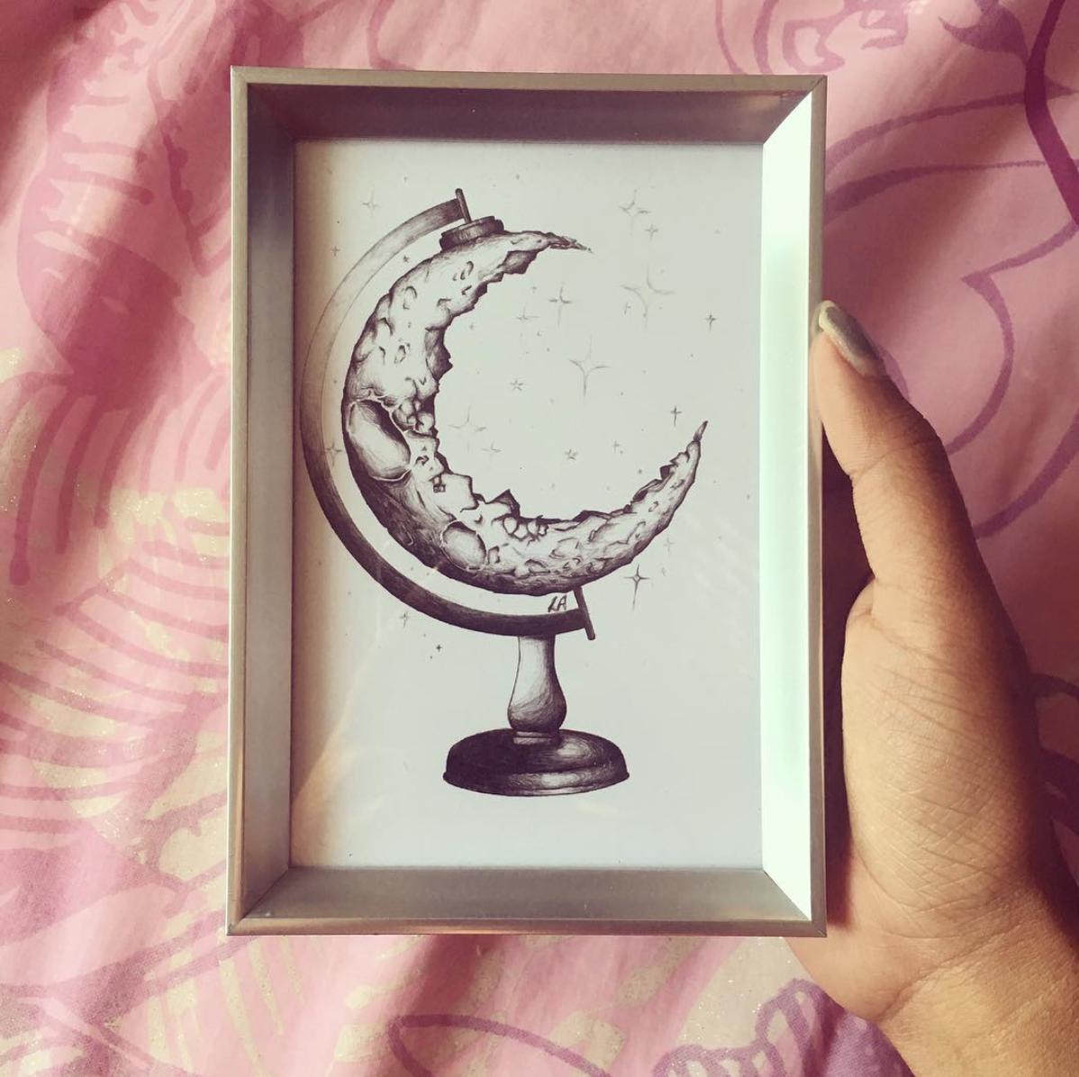 Globe Moon