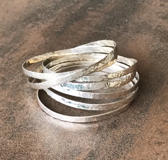 LEISA HAMMERED BANGLES