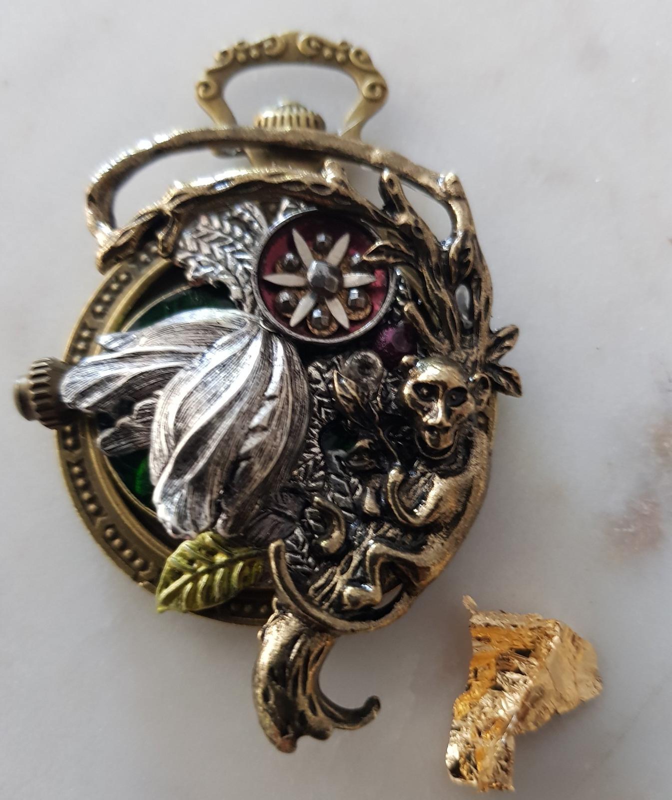 Singe bouton 1896