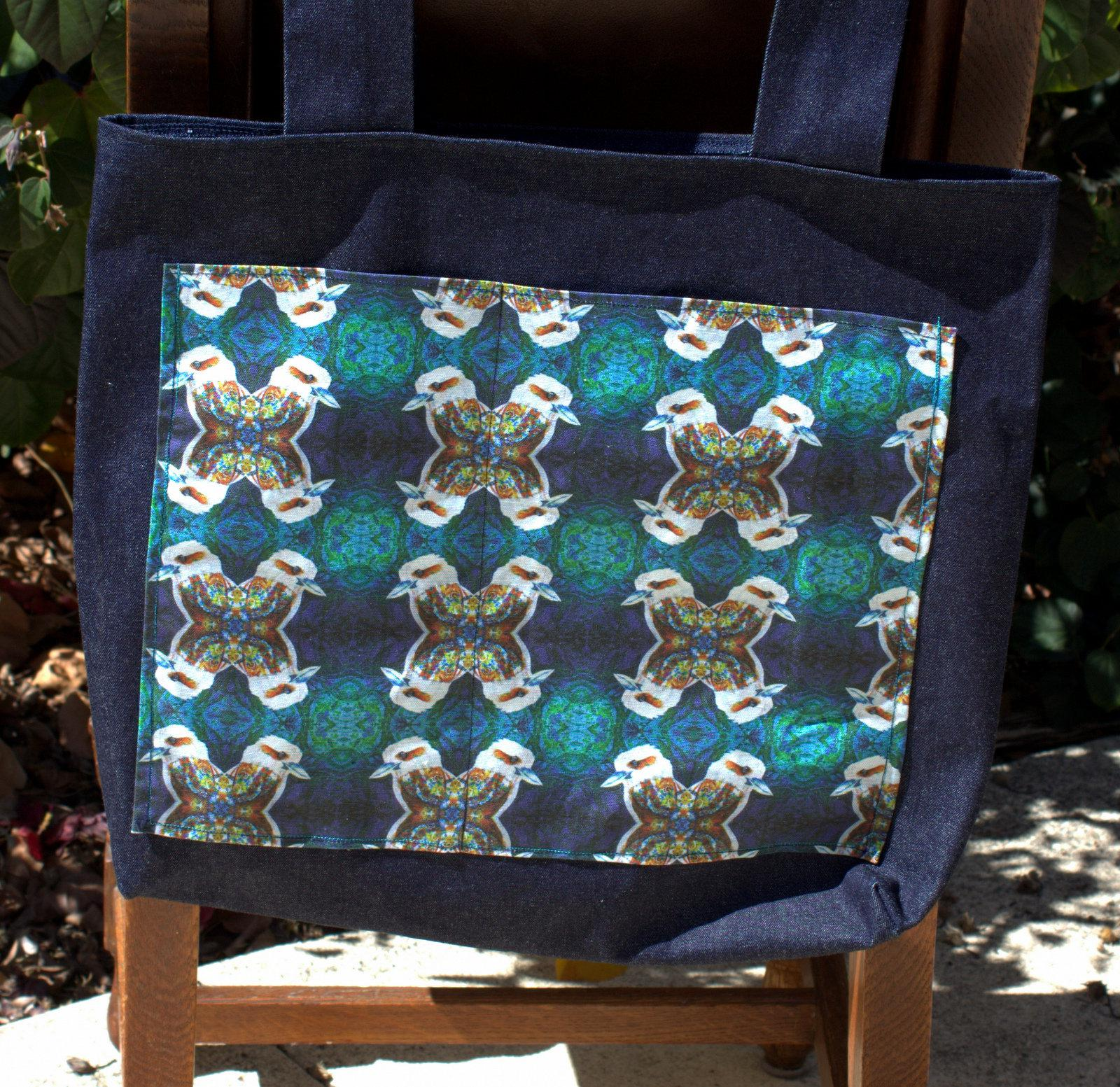 Tote bags with custom printed fabric