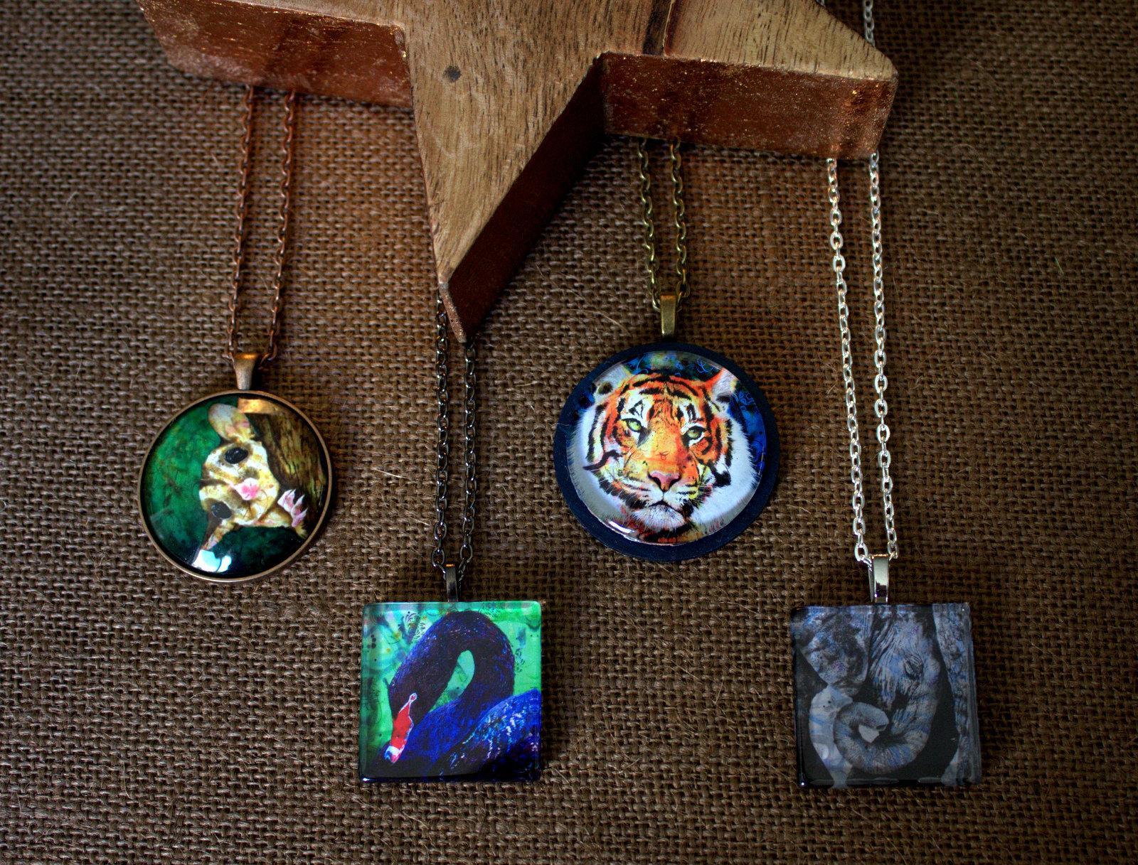 Art jewellery by Michelle Gilks artist