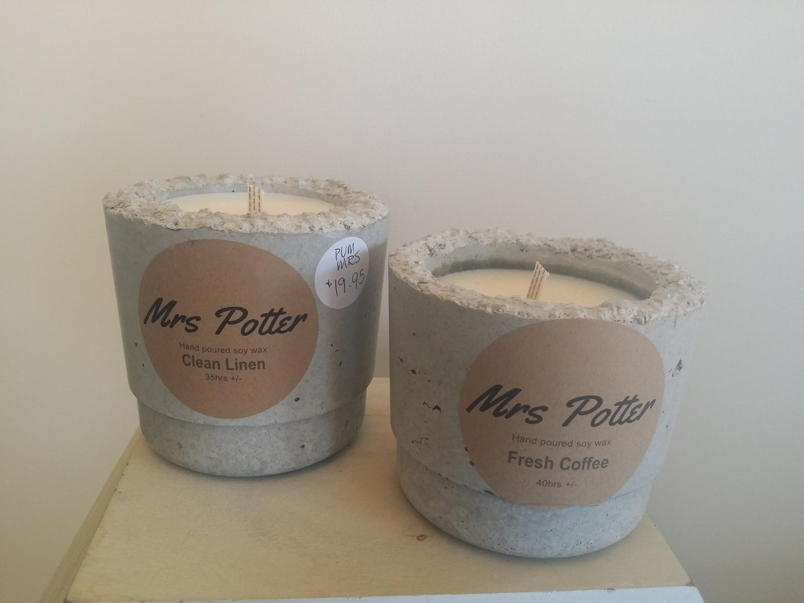 Small pot candles