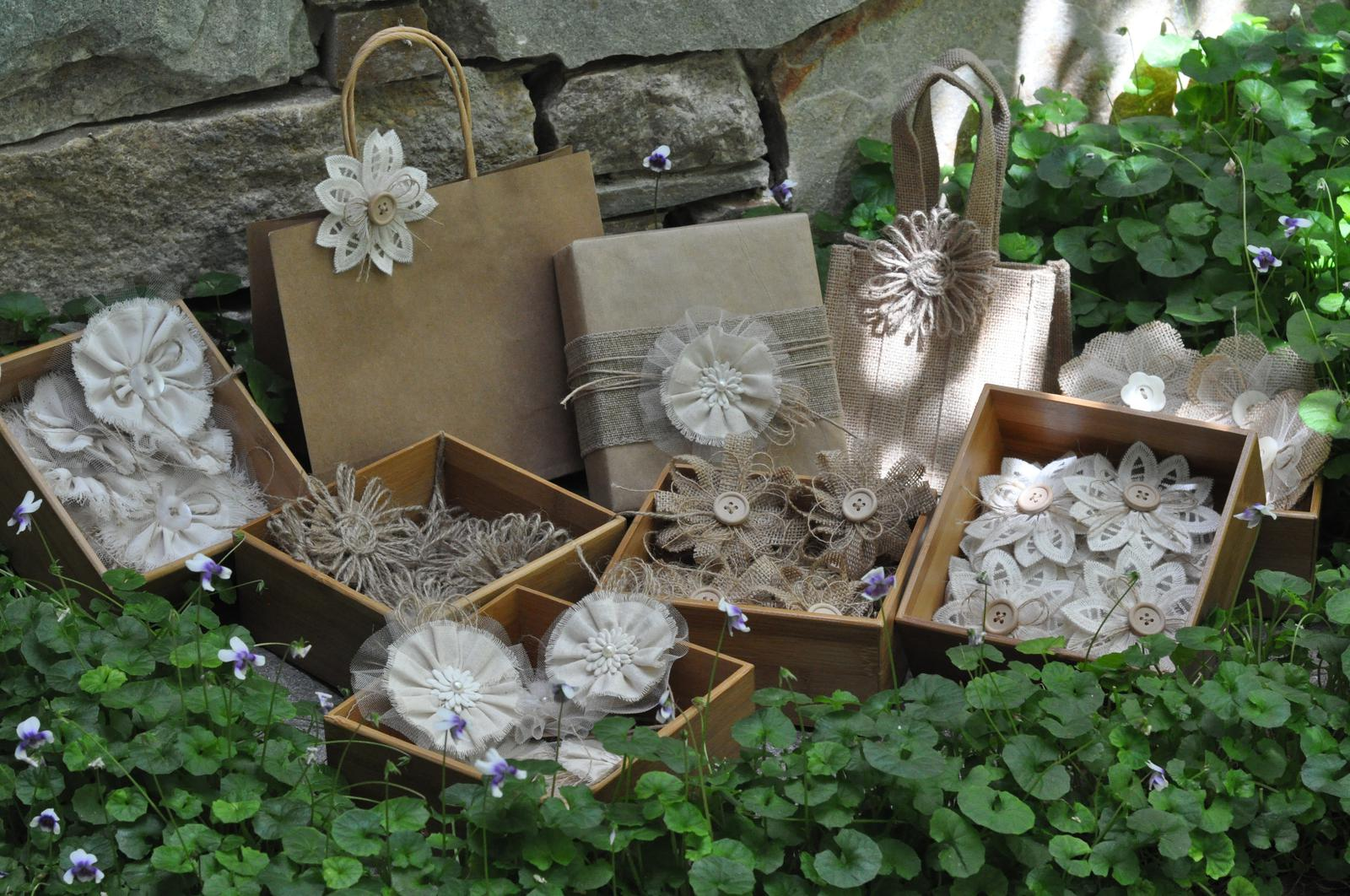 Gift Wrap Flowerettes
