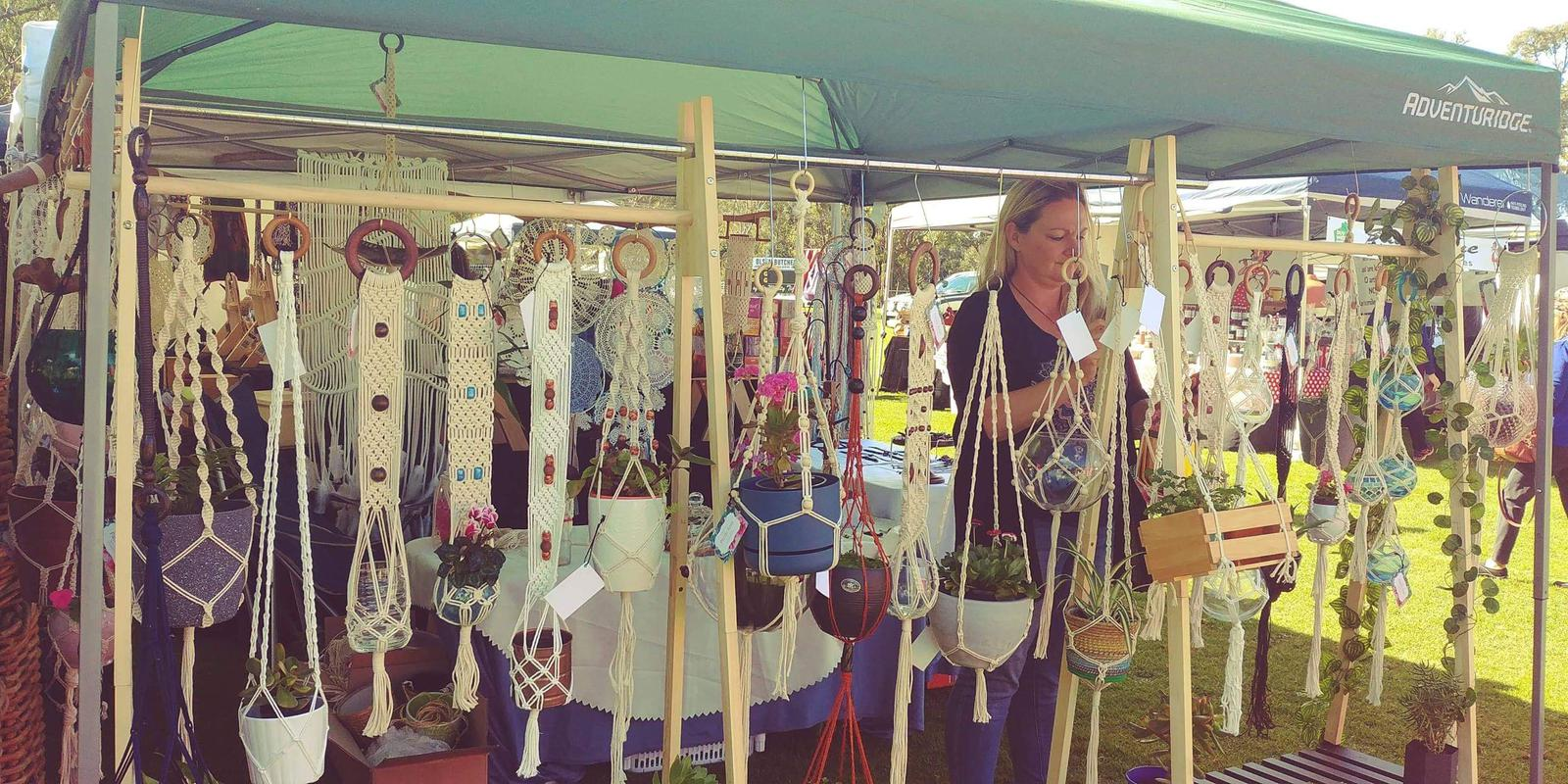 Pacific Knot stall