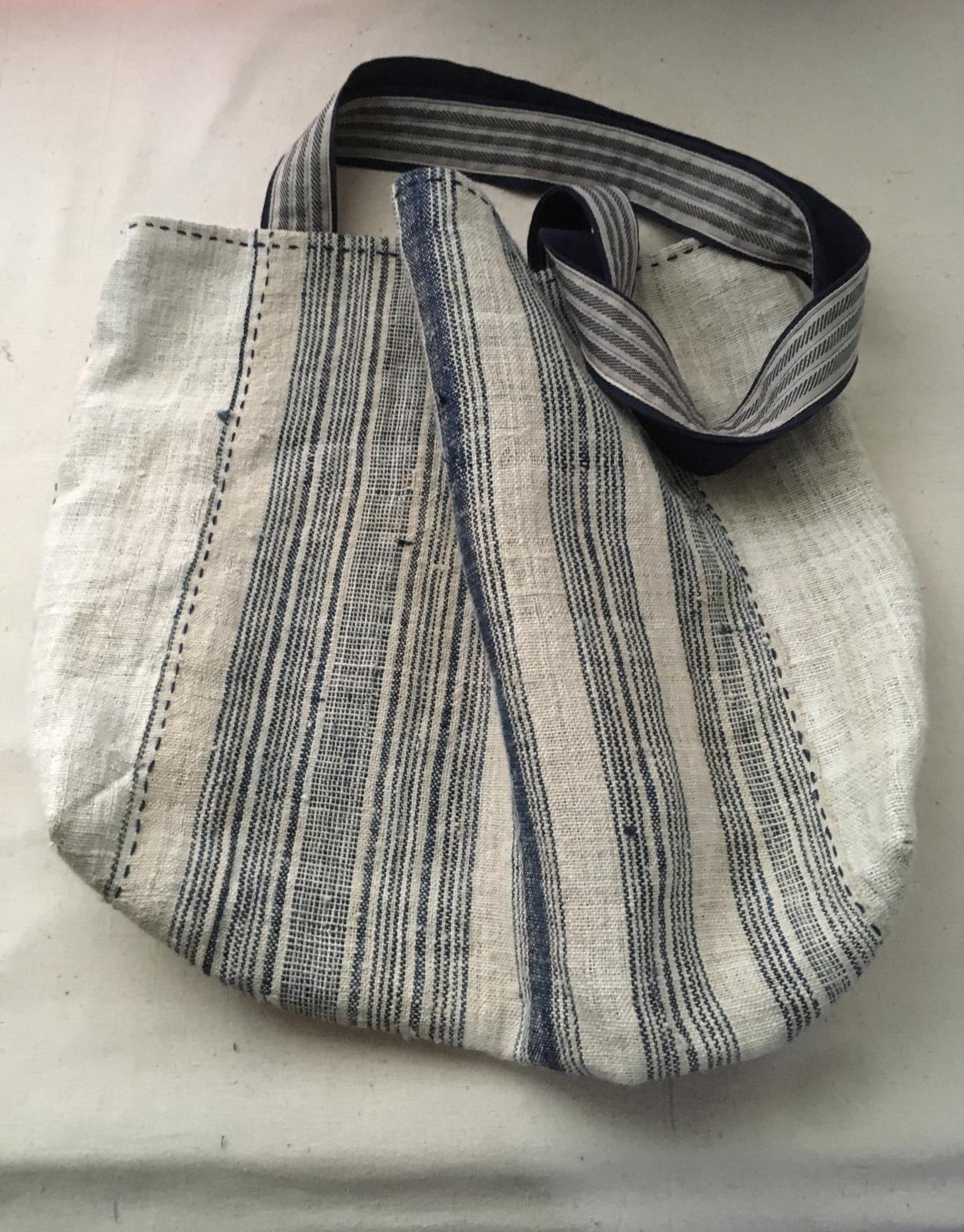 Hemp bag with striped ethnic fabric