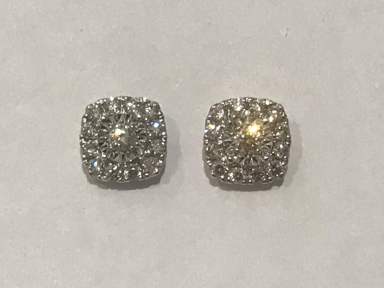 Certified Western Australian Diamond studs at a fraction of retail.