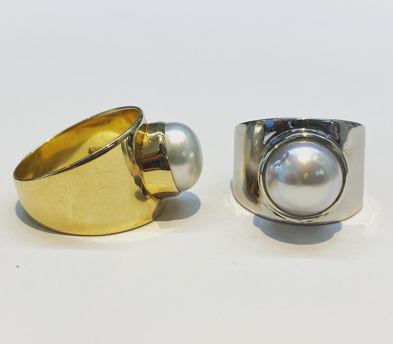 Custom, handmade 9kyg and Sterling Silver Keshi ring.