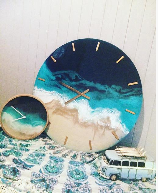 Beach Resin Clocks