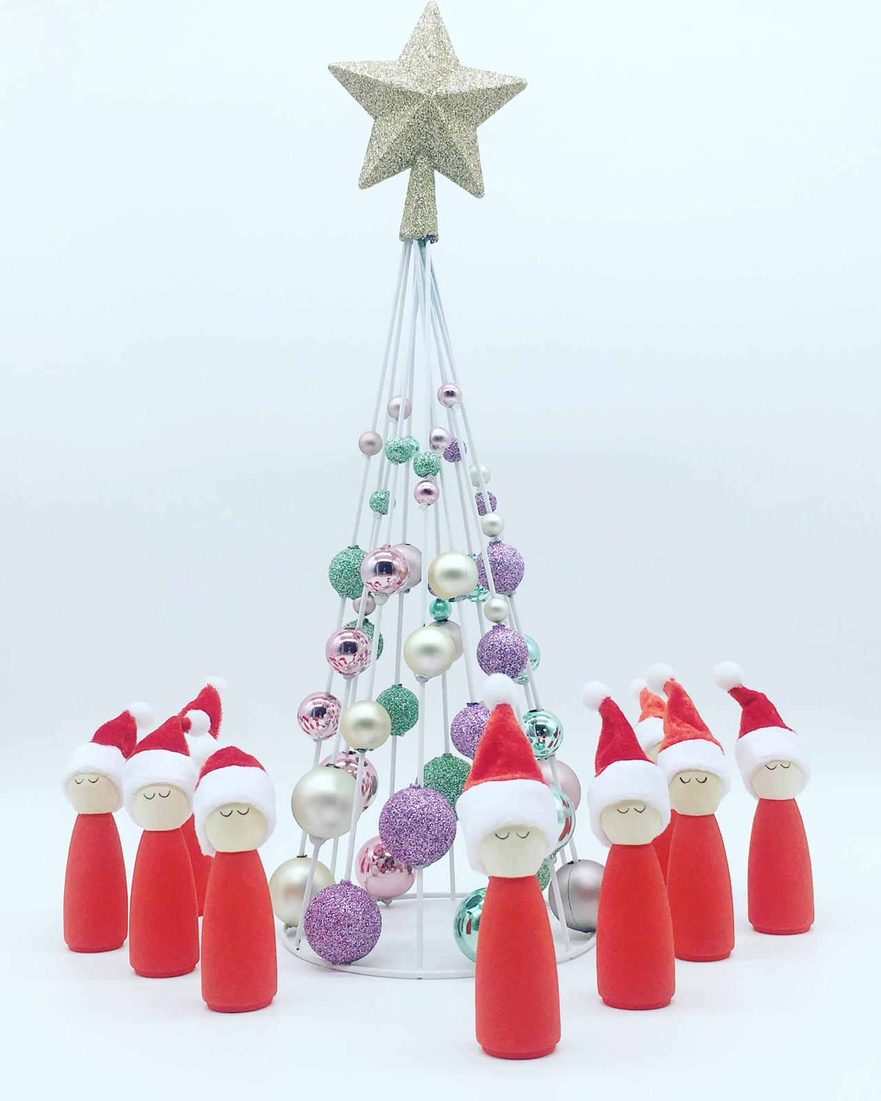 Christmas peg dolls