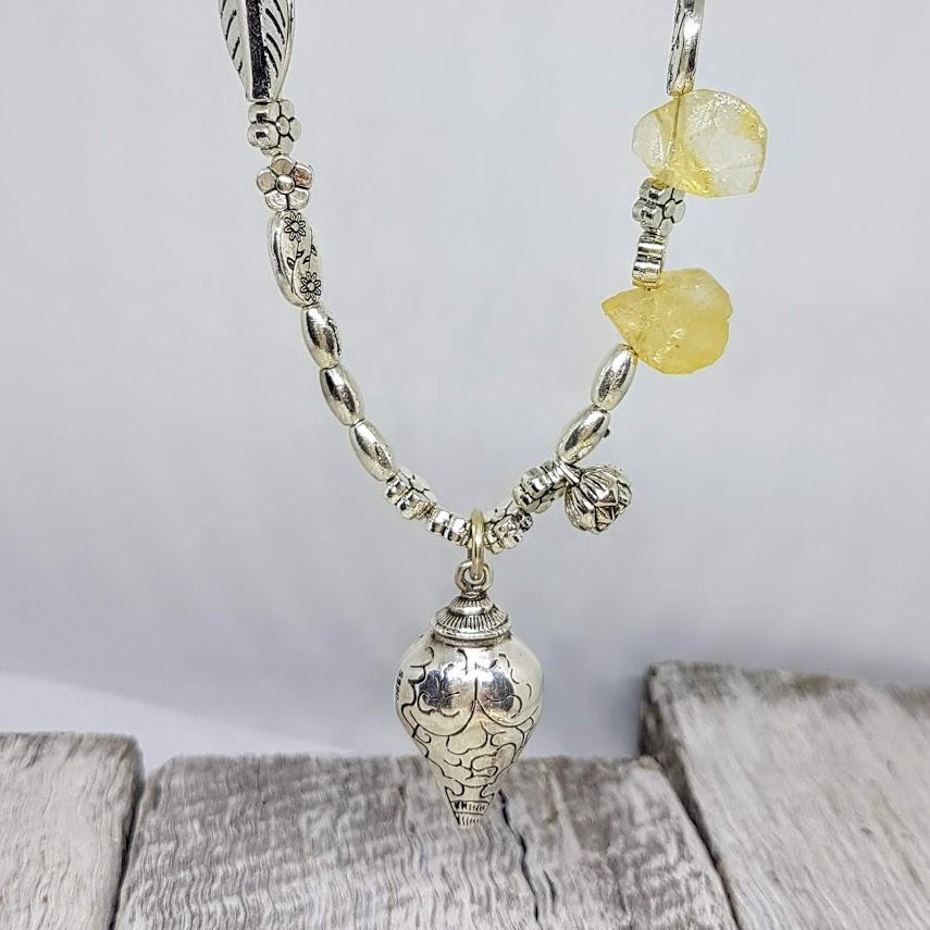 Handmade Citrine & 100% Pure Silver Conch Pendant Necklace