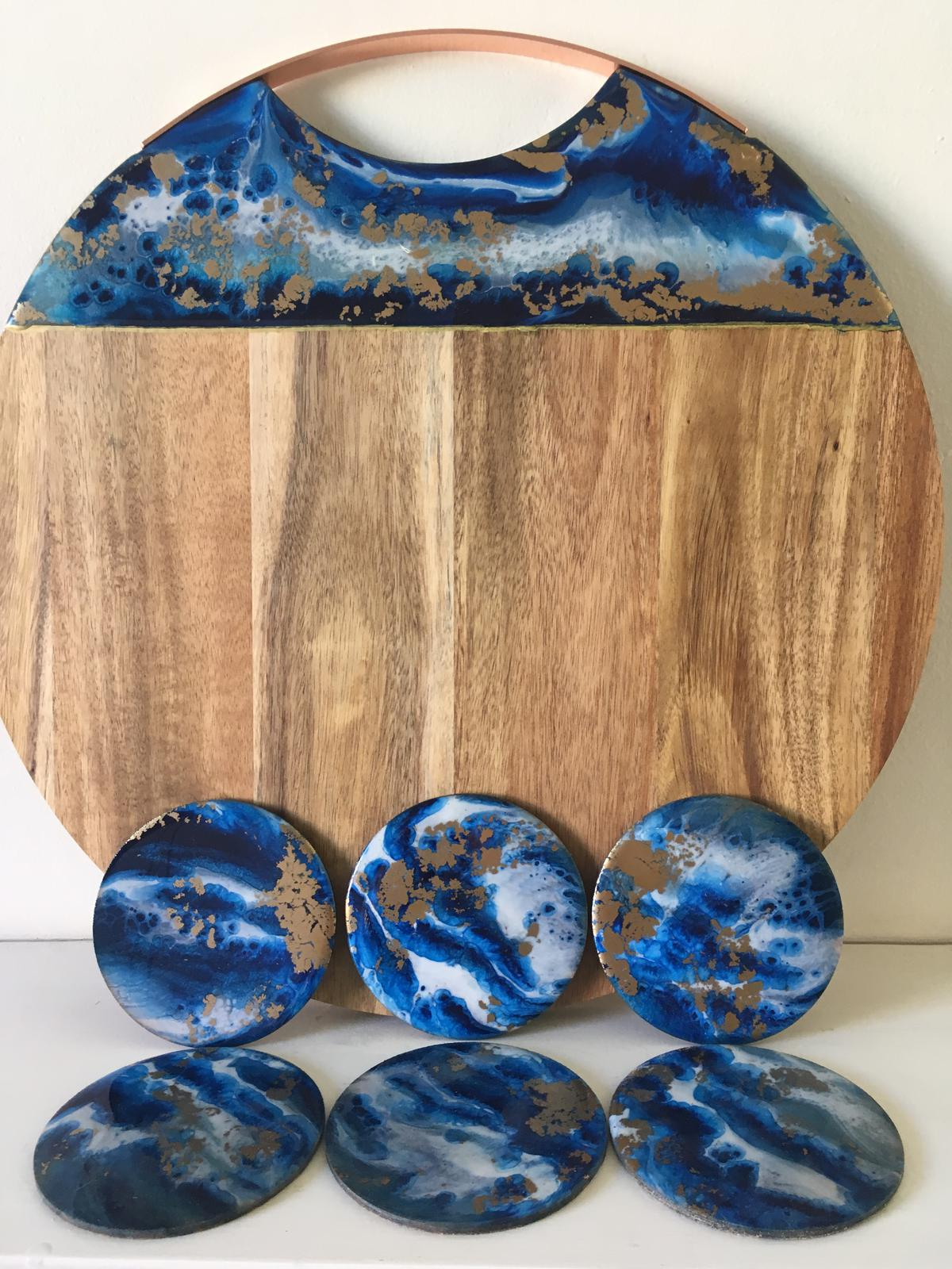 Resinating Blue cheese board & coaster set