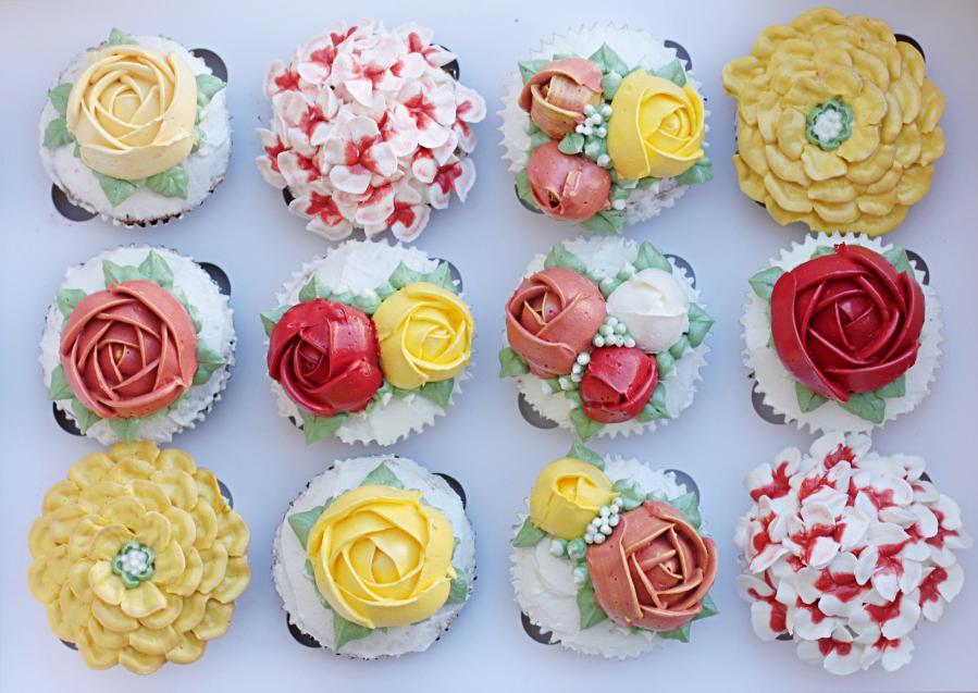 3D buttercream cupcakes