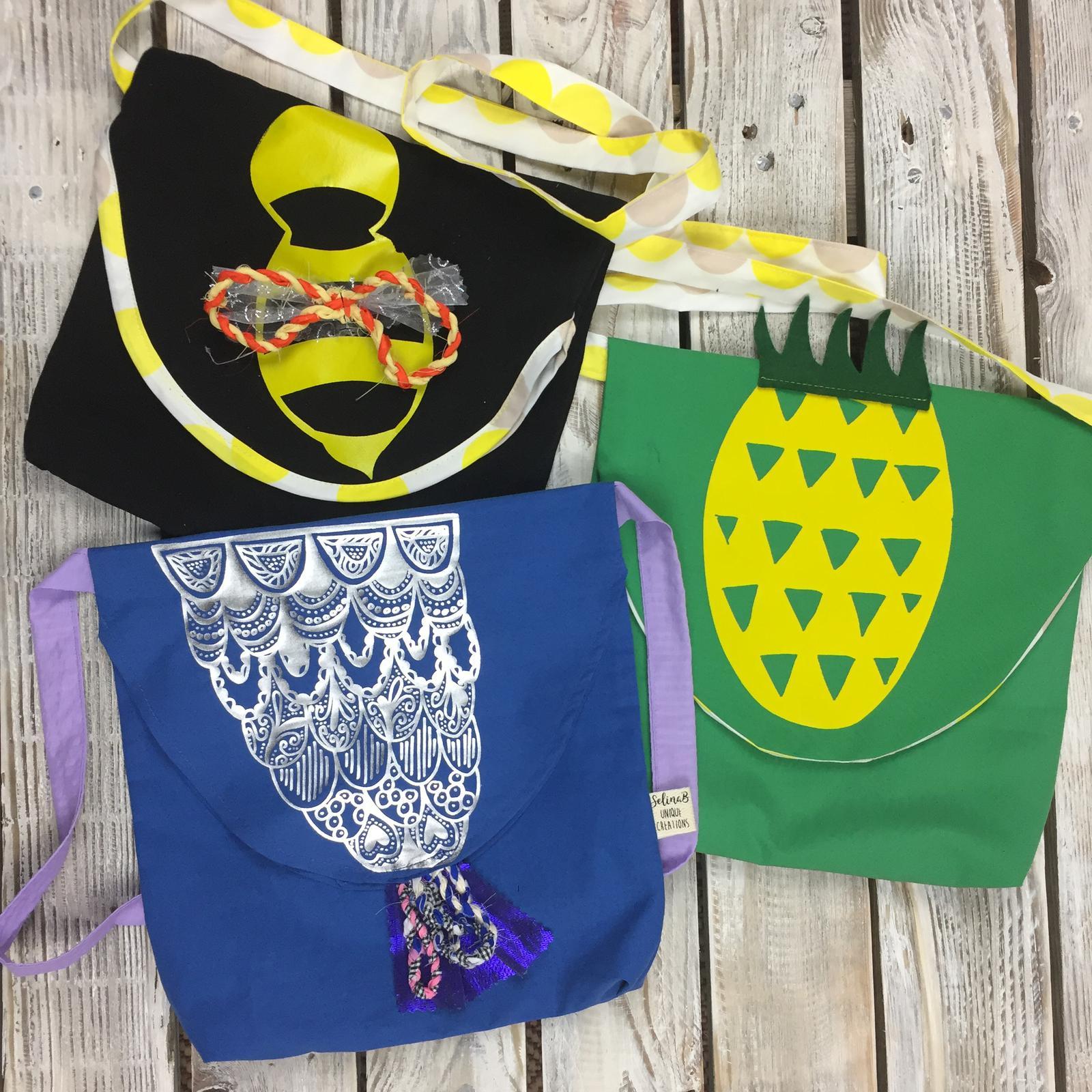 Custom printed hand bags