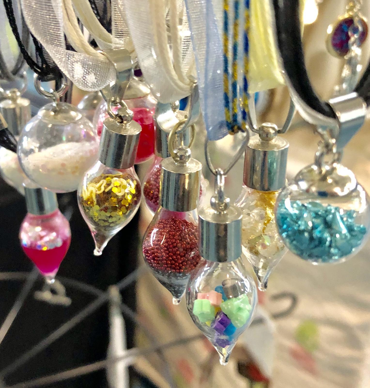 Some little magic bubble necklaces