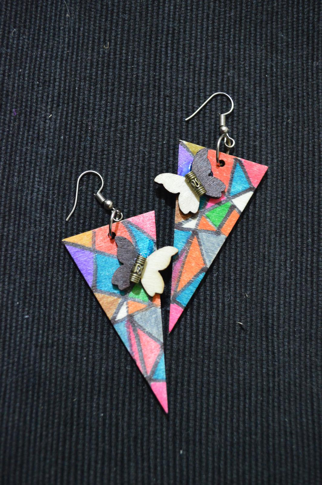 fly with these earrings!