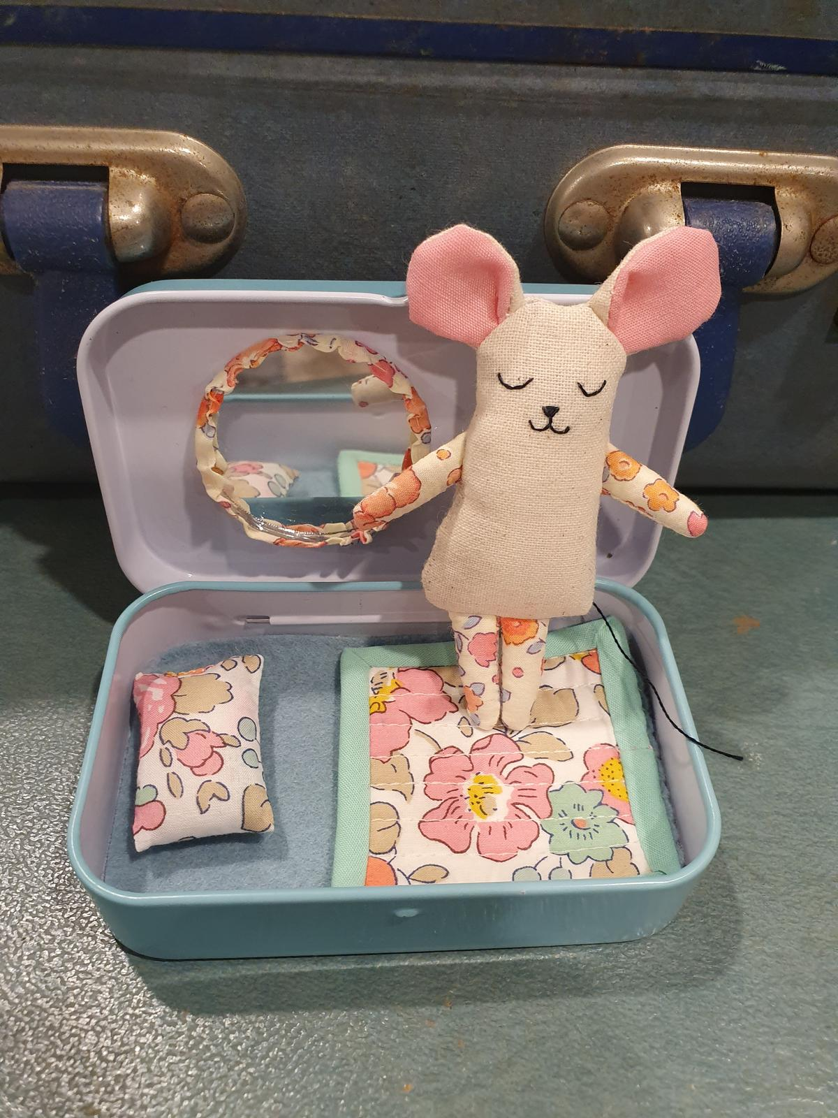Tin Mouse and Co: Tin Mouse