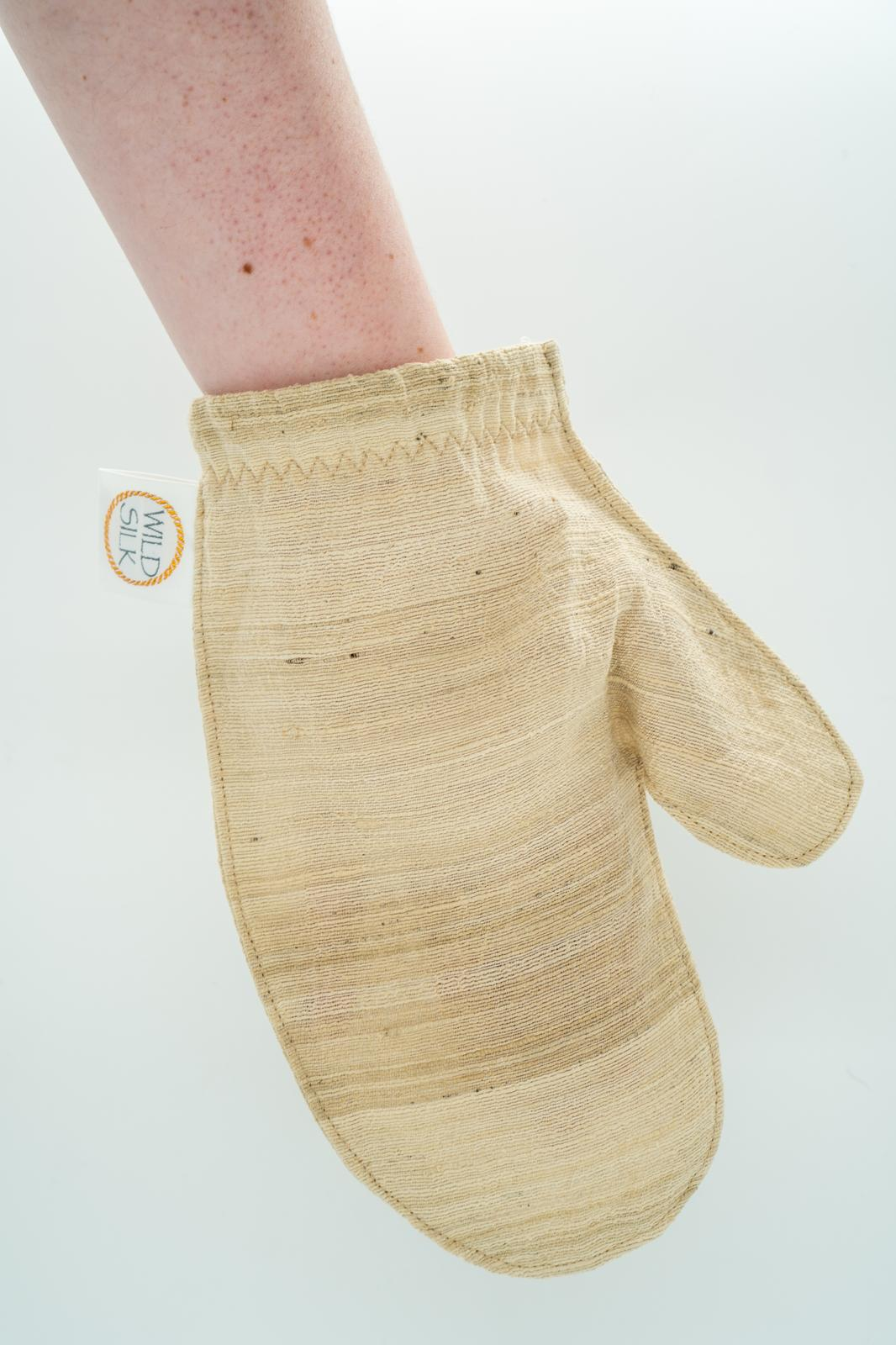 Tussah Silk Skin polishing mitts